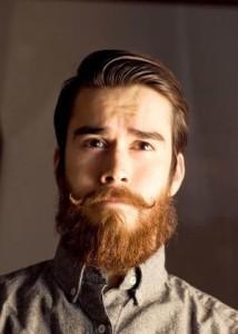 борода растет усы нет