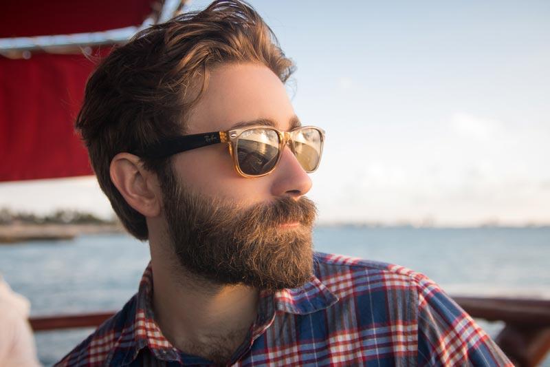 Зачем отращивать бороду - защита от рака кожи